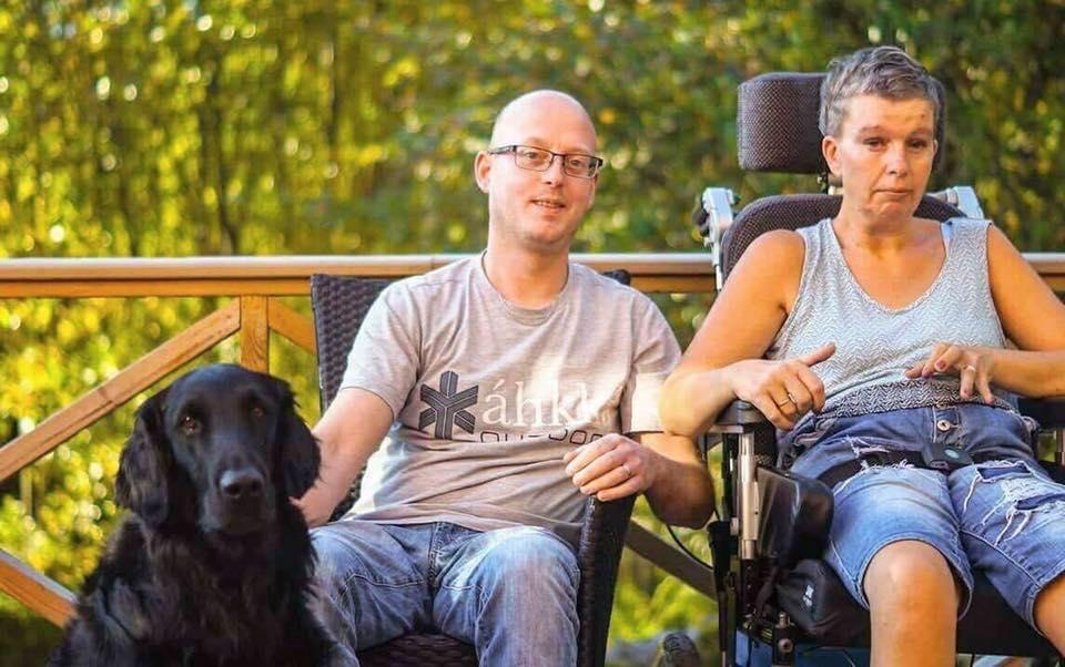 Möt Lotta & Mojje Som Lever Med Assistans Dygnet Runt – Hur Har Covid-19 Påverkat Er Vardag?